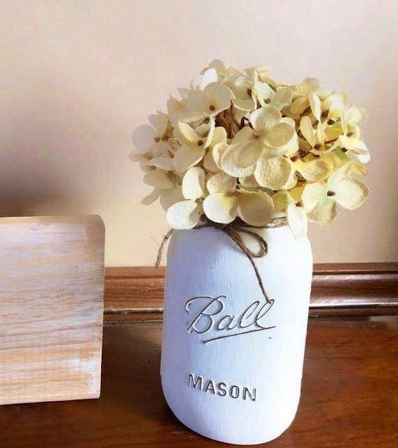 Single Mason Jar with Hydrangea