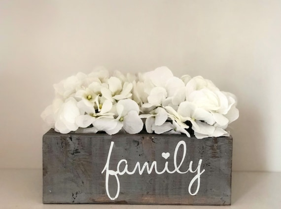 Family Planter Box, Spring Decorations, Box for Hydrangea Arrangement