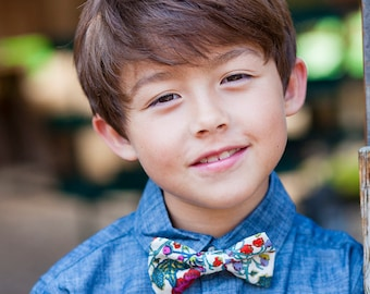 Exotic Floral Bow Tie - Multicolor Red