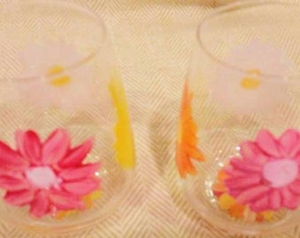 2 Daisy Multi Color Stemless Hand Painted Glasses