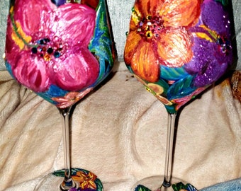 2 Tropical Hawaiian Hibiscus Flower Hand painted Red Wine Stemmed Glasses