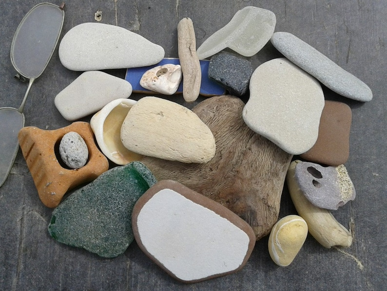 20 Driftwood Sea Stones Shell Pottery And Sea Glass Pieces Etsy