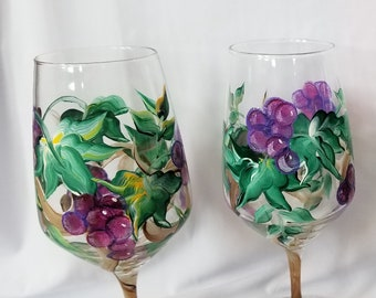 Vineyard Grapes - Hand Painted Wine Glasses (Set of 4)