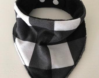 Bandana Bib - Baby Drool Bib - Sleek Styled Lumberjack flannel and fleece fabric - Buffalo Plaid - White / Black, adjustable teething bib