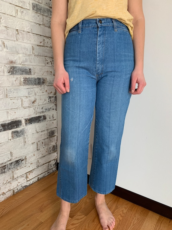 1970s High Waisted Wide Leg Jeans size 28