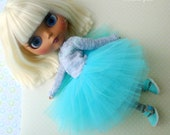 4 pcs Blythe gray blue outfit set Tutu tulle skirt and Knitted striped sweater Long socks Shoes Sandals Top Longsleeve Apparel Garment