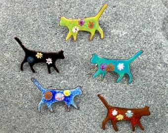 Handcrafted enamel cat pin/brooch