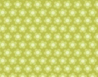 By The HALF YARD - Crazy for Daisies by ADORNit, Pattern #T-00436 Dulcet Dot Green, Creamy White Daisies in a Row on Green