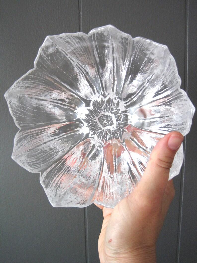 Vintage Glass Design Mats Jonasson KOSTA BODA Waterlily Bowl Scandinavian Flower Glass Dish