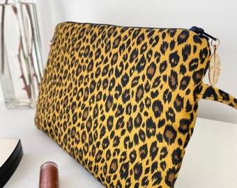 Leopard pouch, toiletry bag, pouch with wrist strap, travel pouch, fleece pouch, gift idea, women's gift