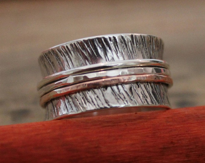 Featured listing image: Hammered Silver and copper spinner ring