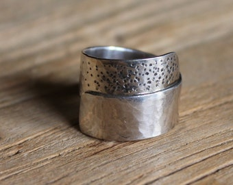 SIZE N 1/2 - Dot Wrap Ring