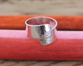 SIZE T 1/2 - Silver Hammered Wrap Ring