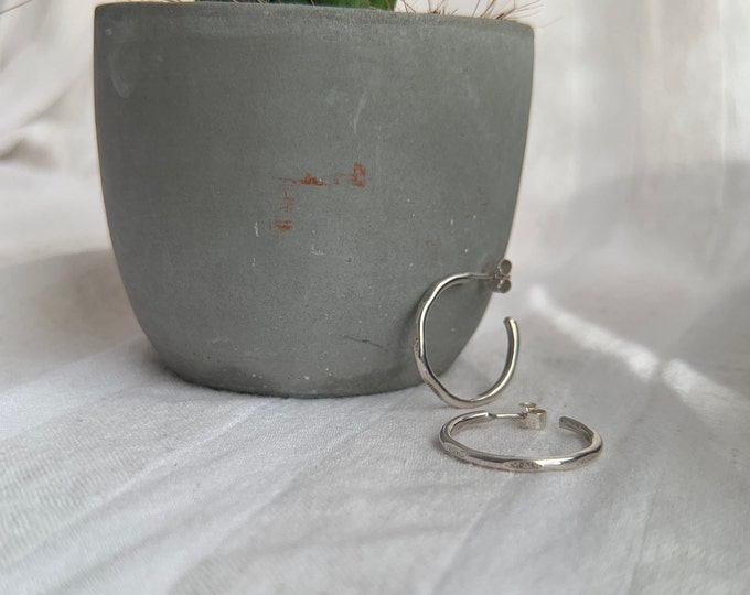 Textured and Smooth Hoop Earrings