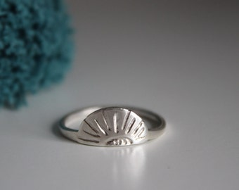 Horizon Stacking Ring