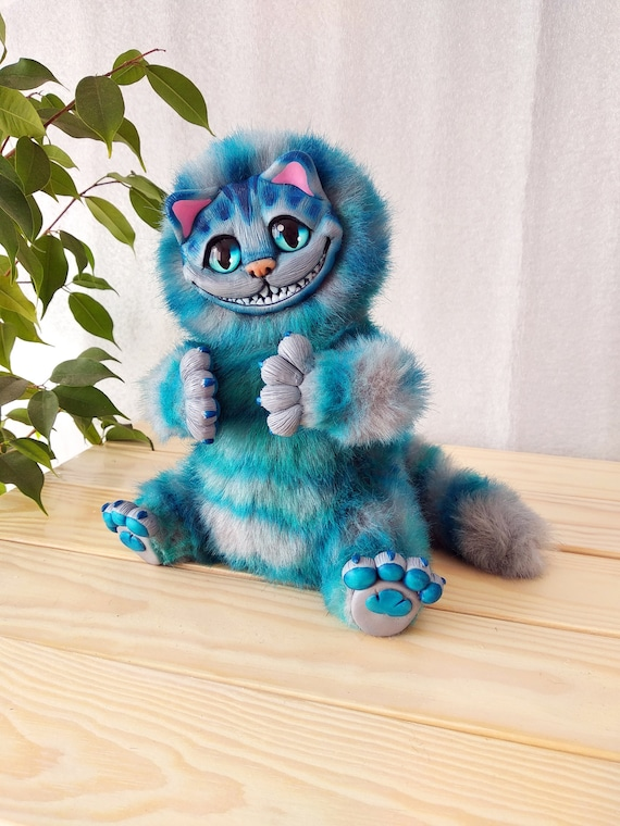 Cheshire cat, Alice in Wonderland, stuffed toy, ooak, grey