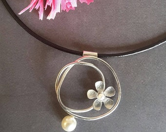 Brass Jewellery, Nature Necklace, Silver Plated Necklace, Flower  Necklace, Modern Jewellery, Jewellery Necklace.