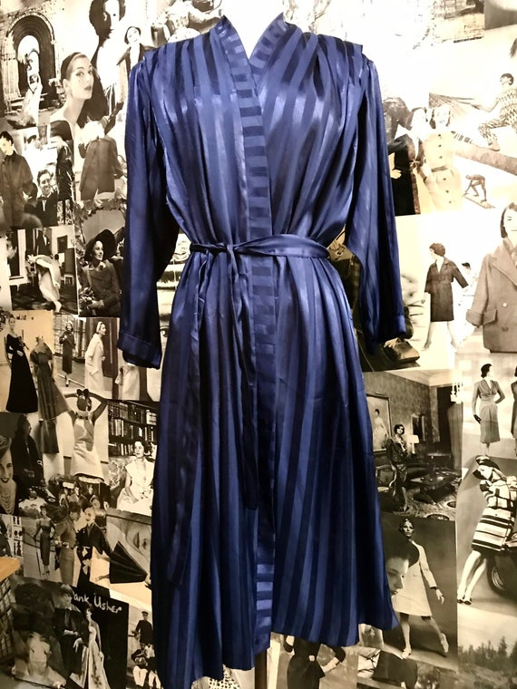 80s does the 40s midnight blue robe