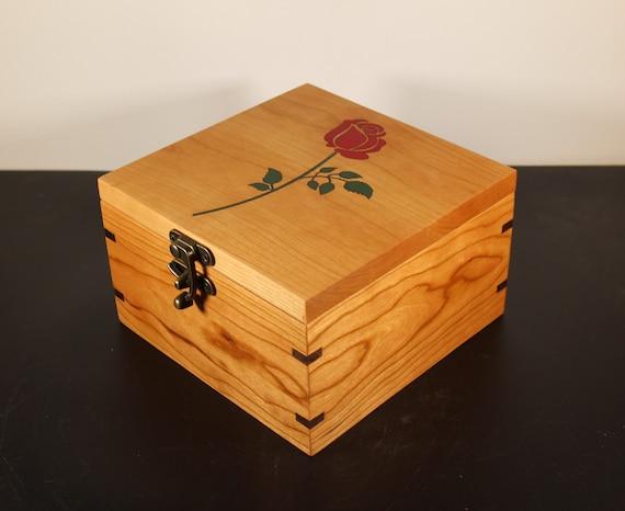 handmade wooden keepsake box with rose engraved on lid