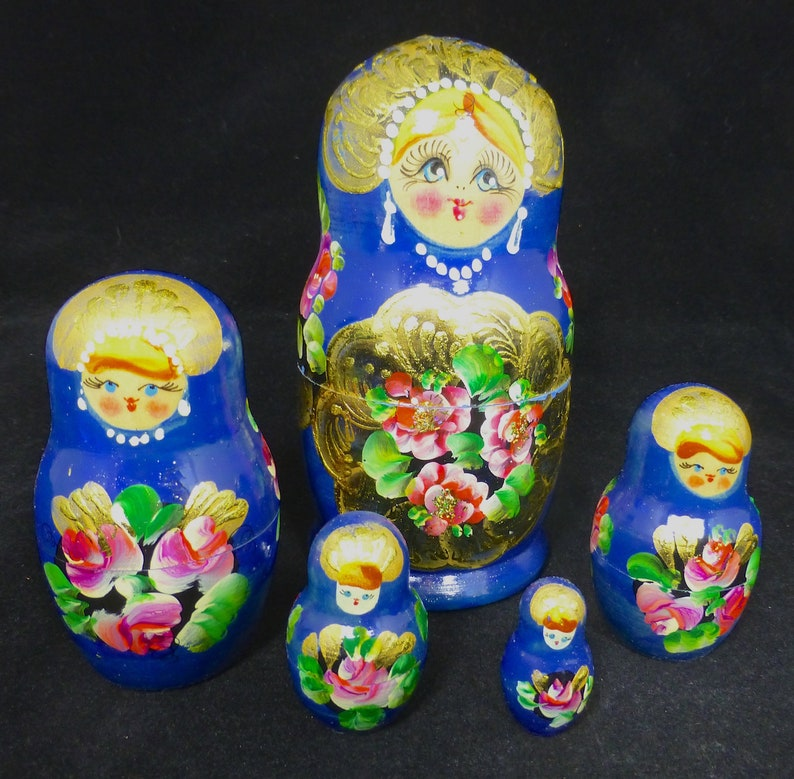Russian Hand Painted Blue Nesting Dolls Set of 5 Matryoshka