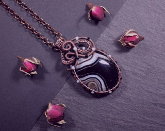 Small jewelry gift idea for women Woven necklace for Halloween Unique birthday gift for friend Agate copper wire wrap pendant for her