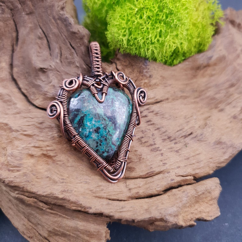 valentine/'s day or mother/'s day Gorgeous azurite and copper heart wire wrapped pendant for her or him Perfect gift for anniversary