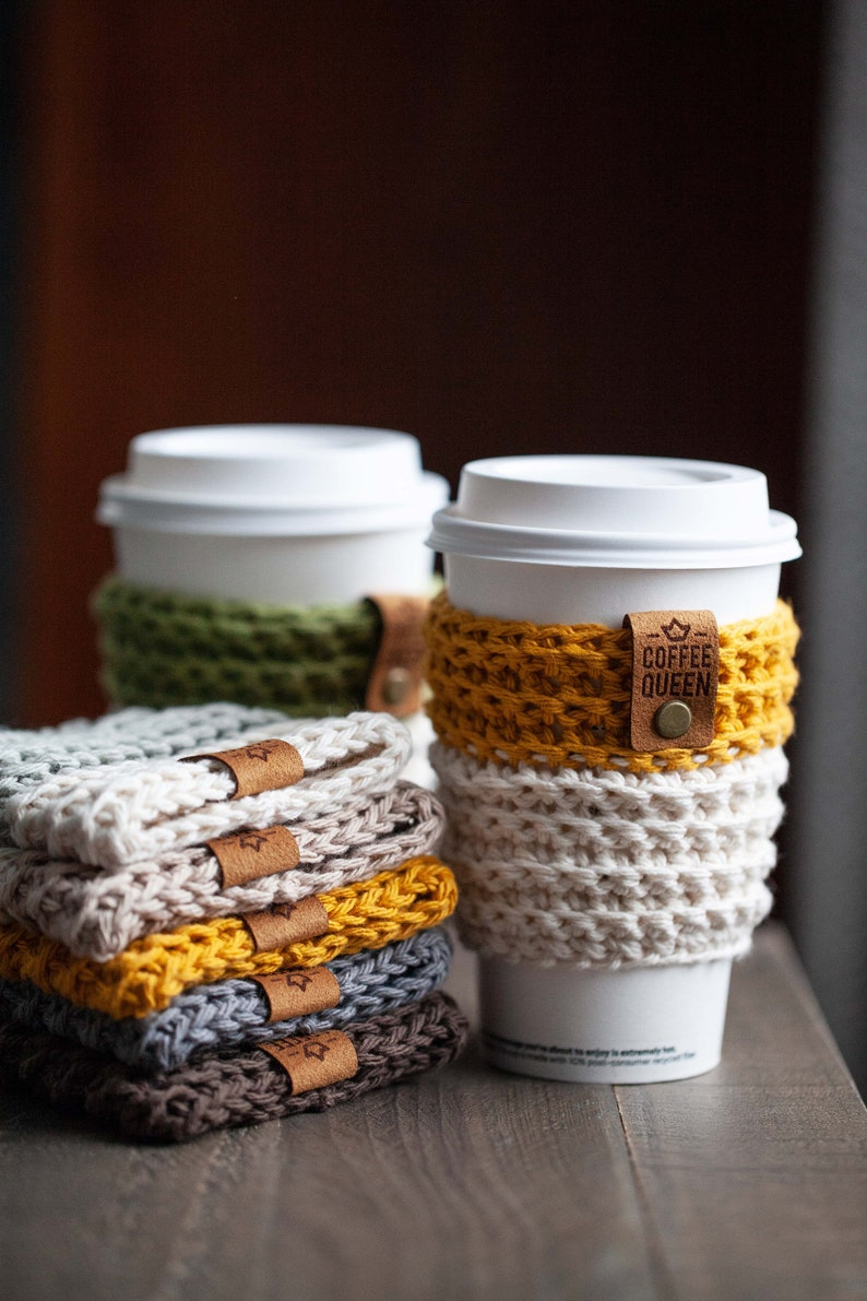 Reusable crocheted coffee cup sleeve image 0