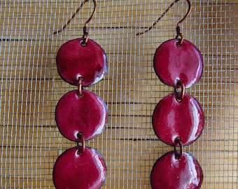 Earring in enamels on copper - currant