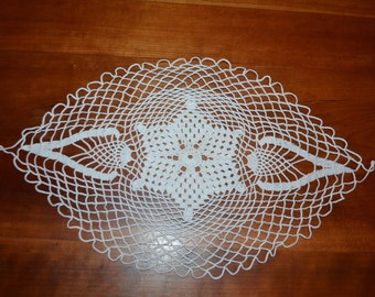 Small Table Runner Milk White Natural Linen And Lace Doily