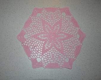 Handmade pale pink doily, 26cm, hexagonal, crocheted with fine cotton