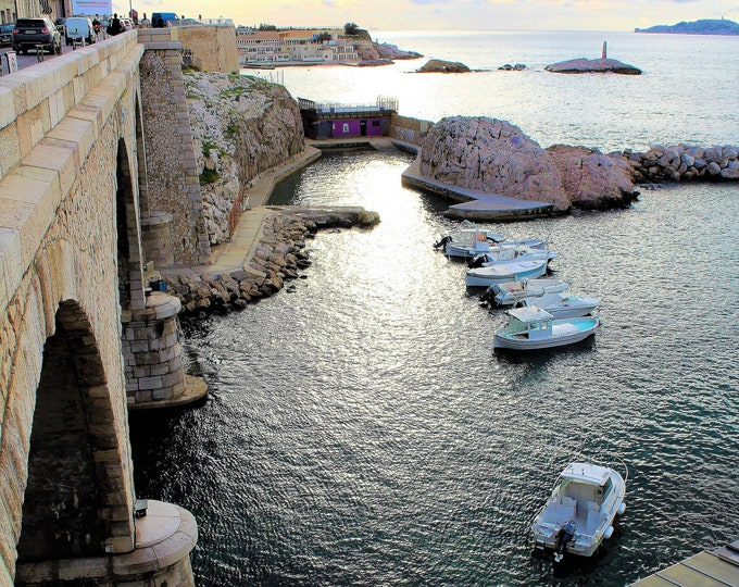 Marseille corniche 18 x 12 inches (about)