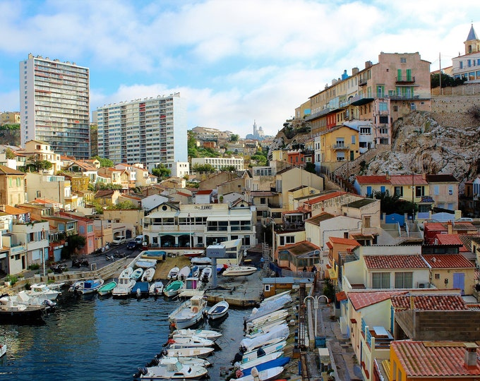 Marseille Vallon des Auffes  Color photo, size : 12 x 18 inches (about)