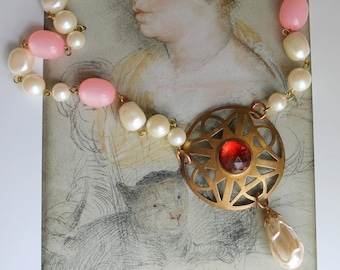 Art Deco assemblage necklace, vintage faux pearls, vintage pink cabochon, bubblegum moonglow, vintage stamping, handmade in France / A022