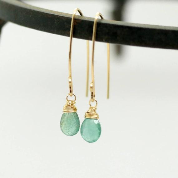 große Vielfalt Stile Details für weltweit verkauft Echte Smaragd Ohrringe, Smaragd Ohrringe Gold oder Silber, minimalistische  Smaragd Ohrringe, natürliche Smaragd Ohrringe Gold, Mai Birthstone