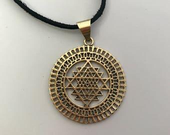 Sri yantra pendant | Etsy