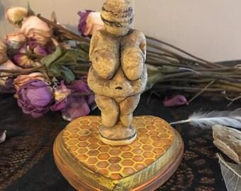 Venus of Willendorf Statue, Limited Editions Venus Statue, Altar Goddess, Goddess Art, Goddess Figurine, Witch Decor, Goddess Decor