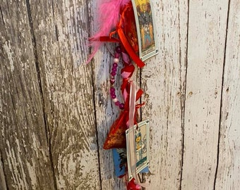Love Spell Cord, Witch ladder cord for love