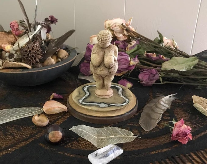 Featured listing image: Venus of Willendorf Statue, 5 inch base Venus Statue, Altar Goddess, Goddess Art, Goddess Figurine, Witch Decor, Goddess Decor