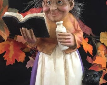 Kitchen Witch Decoration, Baba Yaga Statues, Halloween Witch figures, Decorative Witch Statues, Pumpkin Owl Cauldron Spellbook Witches