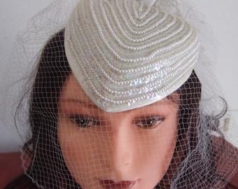 Acconciatura sposa velo e strass wedding hairstyle white veil hair comb