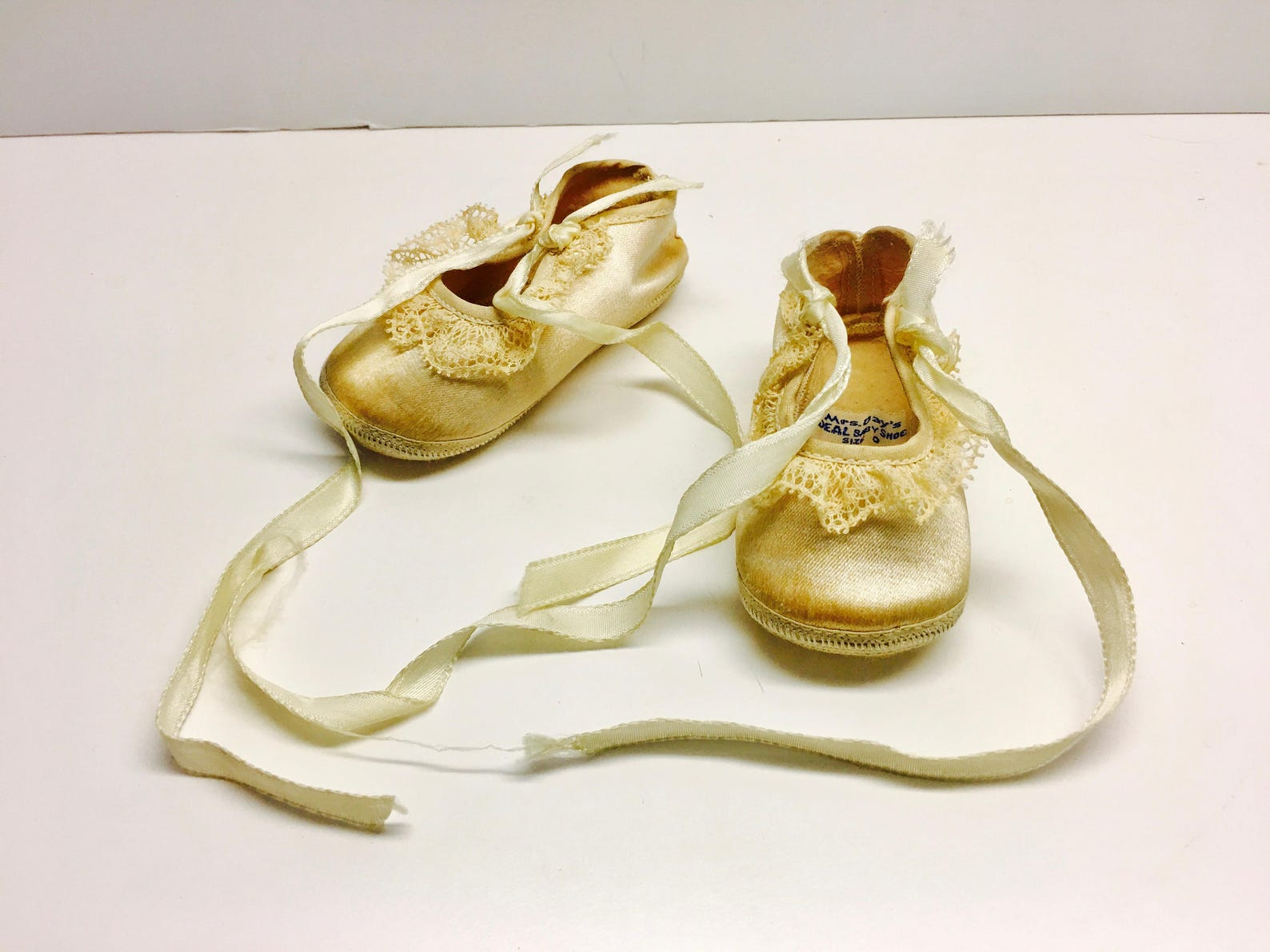 vintage satin baby or doll ballet slippers - mrs day's ideal baby shoe, decoration or gift, size 0