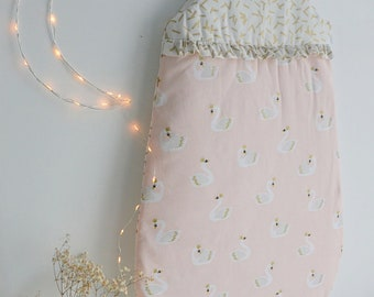 Gold pattern and soft pink sleeper Swan