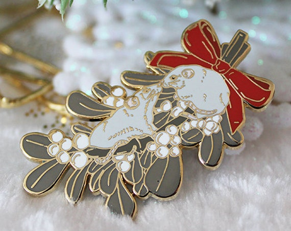 Mistletoe Rat Kiss with Red Bow Hard Enamel Pin Christmas Pin Gift
