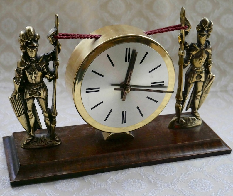 Vintage Mantle Clock Knight In Armour Wood Base Brass Look