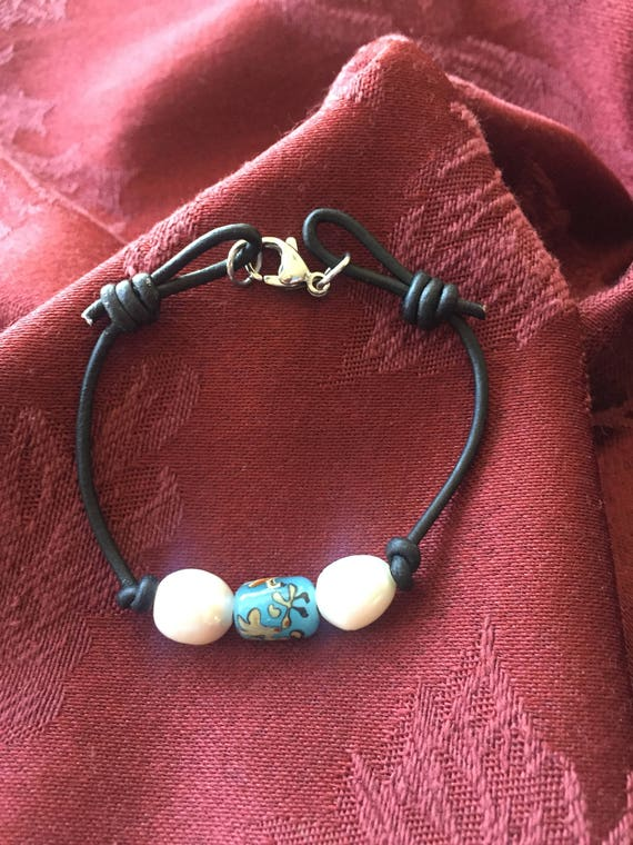 Freshwater Pearls with Skyblue Flower Lampwork Bead Bracelet on Leather with Lobster Claw Clasp