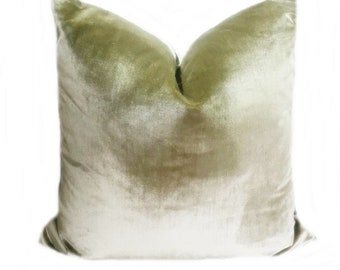 Hunter Green Strie Velvet Pillow Cover