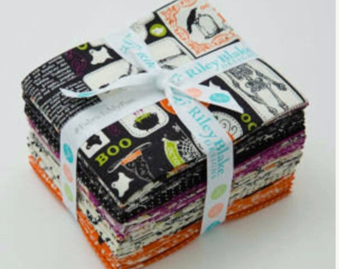 Eek Boo Shriek Fat Quarter Bundle by Carina Gardner for Riley Blake Designs - 18 Pieces