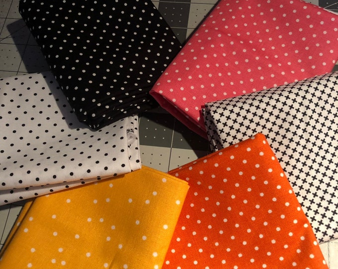 Swiss Dots Fat Quarter Bundle by Riley Blake Designs - 6 Pieces