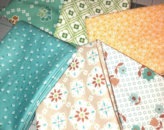 Granny Chic Fat Quarter Bundle by Lori Holt for by Riley Blake Designs - 6 Pieces