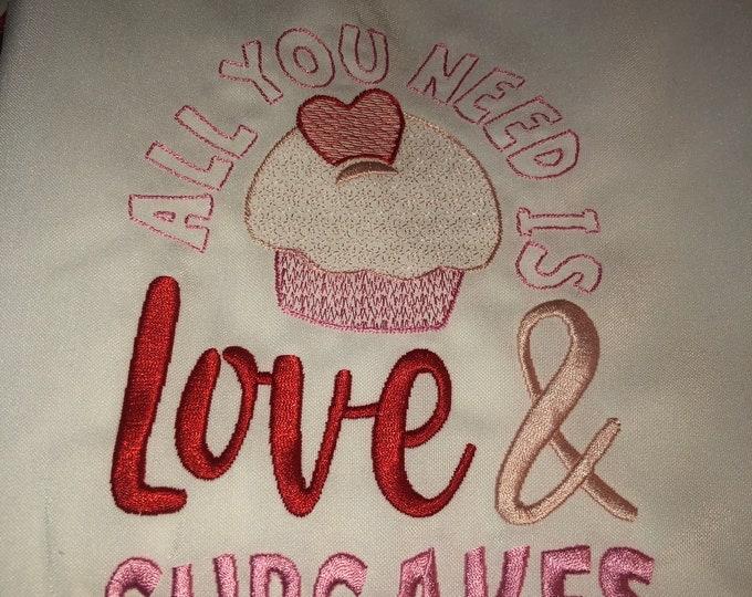 Kitchen Apron, Kitchen Accessory, Neighbor Gift, Bridal Shower Gift, Valentine's Day apron, Valentine's Day gift